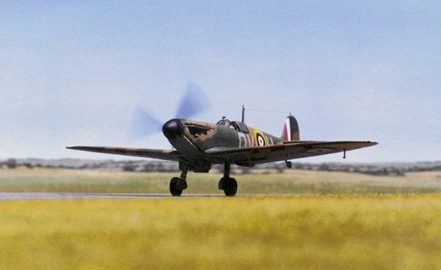 Spitfire Mk I, 1/72 scale from AIRFIX kit